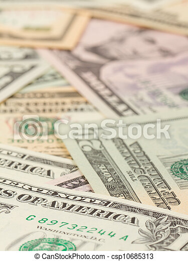 1, 5, 10 and 20 US Currency - csp10685313