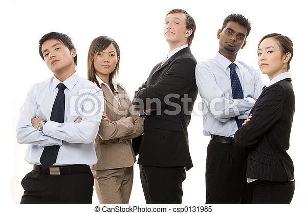 Equipo de negocios confiado 1 - csp0131985