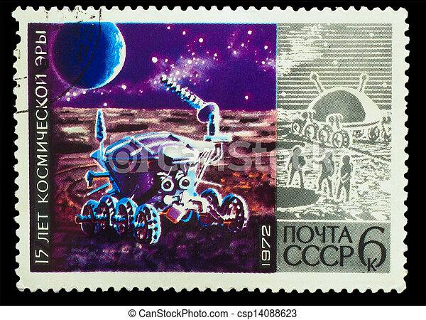 USSR - CIRCA 1972: sello impreso en USSR, 15 años de edad espacial, explora la superficie de la luna, alrededor de 1972 - csp14088623
