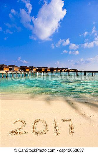 Números 2017 en la playa - csp42058637