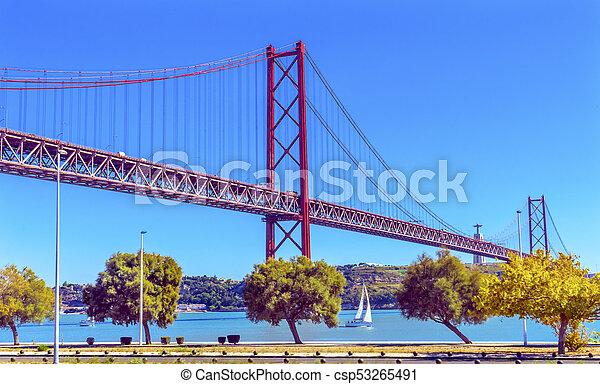 Lissabon Fluss 25 portugal brücke april lissabon tagus fluß brücke