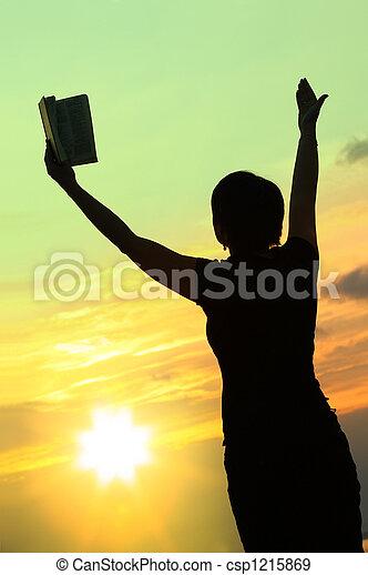 #3, biddend, vrouwlijk, bijbel - csp1215869