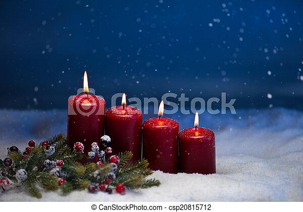 4th Advent - csp20815712