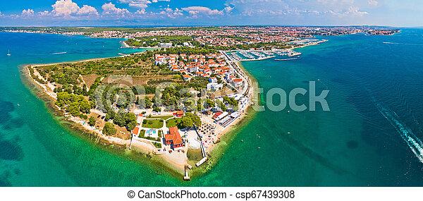 La península de la panorámica de Zadar - csp67439308