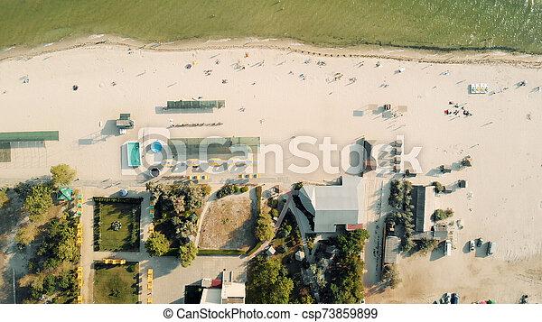 aéreo, seashore., pueblo, recurso, vista - csp73859899