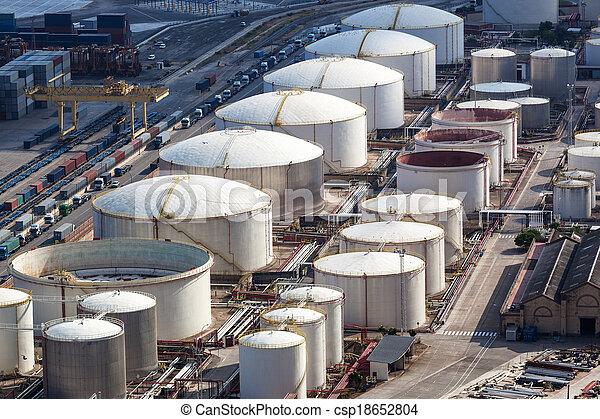 a oil storage - csp18652804