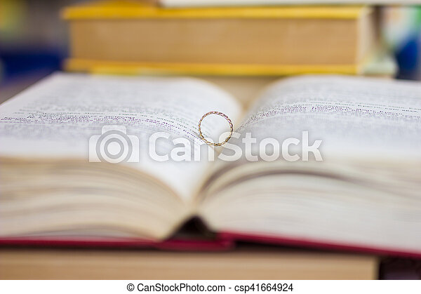 A wedding ring in the bible - csp41664924