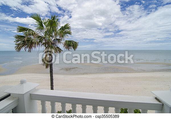 aanzicht, zee, balkon - csp35505389