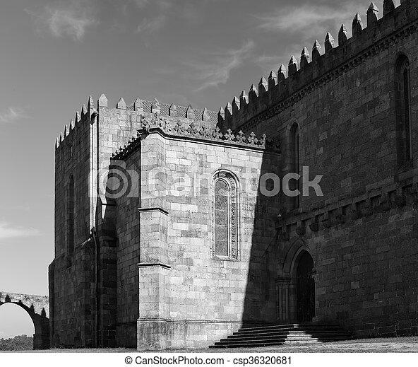 Abadía medieval de Santa Clara - csp36320681