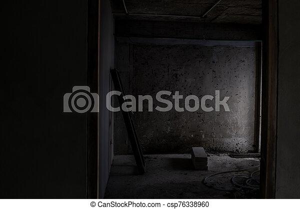 abandonado, edificio viejo, interior, renovated., ser - csp76338960