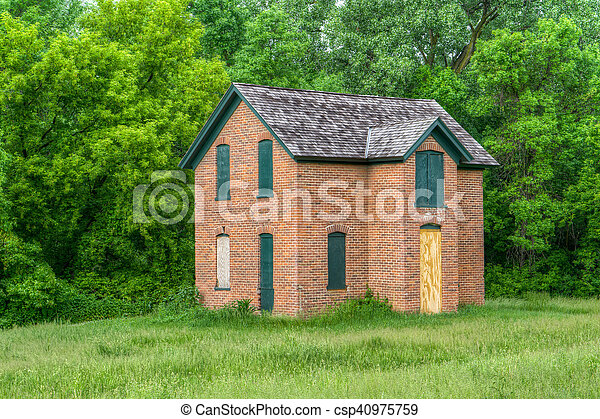 Abandoned Brick Farmhouse in the United States - csp40975759