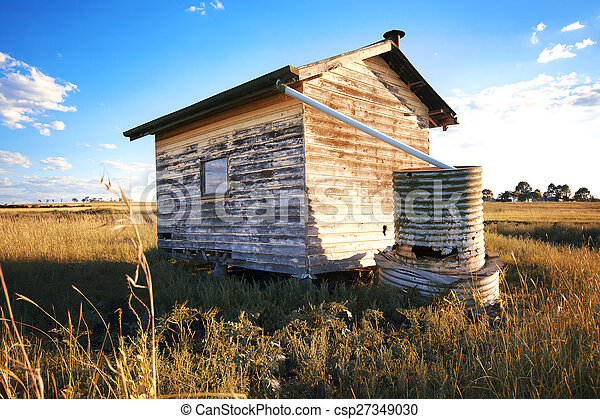 Abandoned building in the outback. - csp27349030
