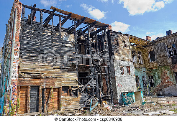 Abandoned burnt house - csp6346986