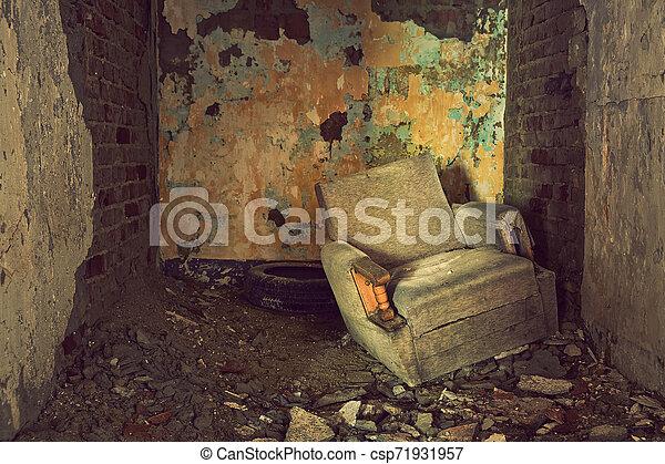Abandoned - csp71931957