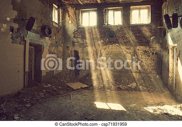 Abandoned - csp71931959