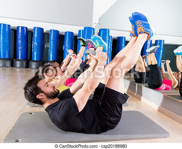 Abdominal plate training core group at gym - csp20188980