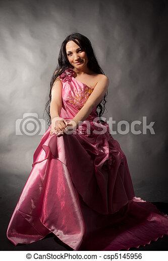 Abendkleid - csp5145956