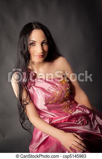 Abendkleid - csp5145963