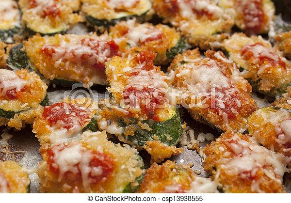 abobrinha, parmesan - csp13938555