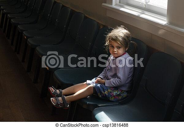 abus, enfant - csp13816488