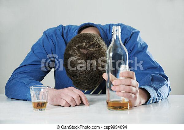 abuso, alcohol - csp9934094