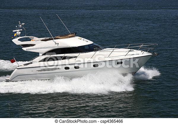 accélérez bateau - csp4365466
