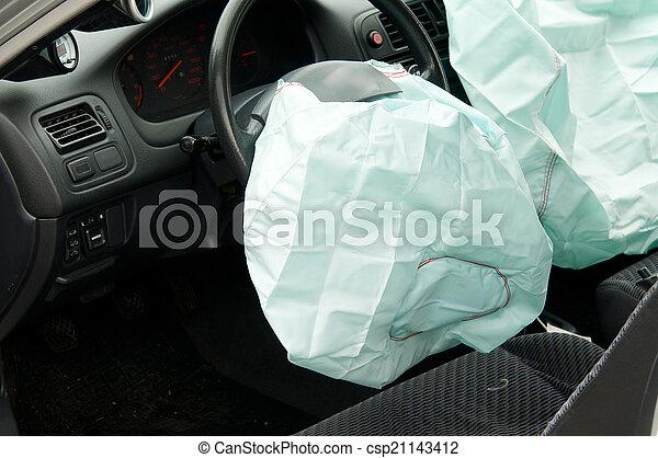 accident voiture d ploy airbags cons quences bient t photographie de stock rechercher. Black Bedroom Furniture Sets. Home Design Ideas