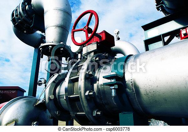 Zona industrial, tuberías de acero en tonos azules - csp6003778