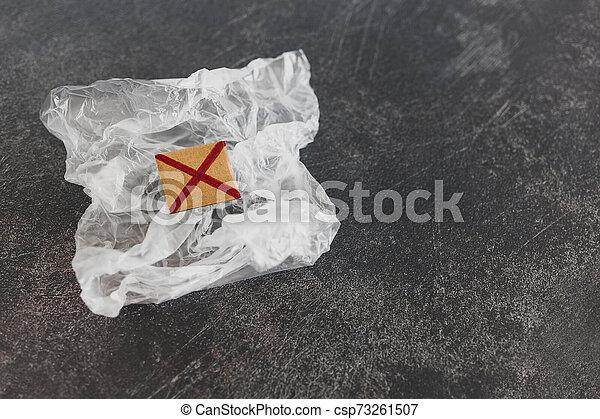 achats, concept, single-use, croix, sac plastique, rouges, pollution - csp73261507