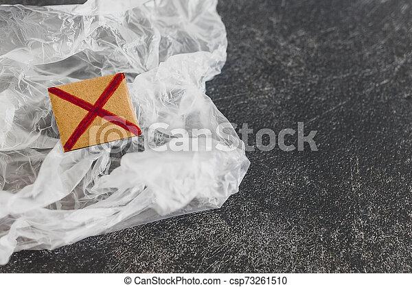 achats, concept, single-use, croix, sac plastique, rouges, pollution - csp73261510
