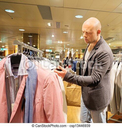 achats, deux âges, centre commercial, choisir, homme, vêtements - csp13446939