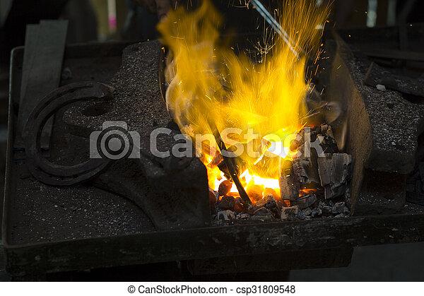 acier, chauffage, morceaux - csp31809548