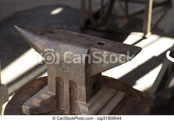 acier, enclume - csp31809544