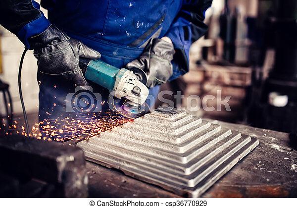 acier, industriel, barre, fonctionnement, métal, broyeur, usine, découpage, détails, métallurgique, angle, ingénieur - csp36770929