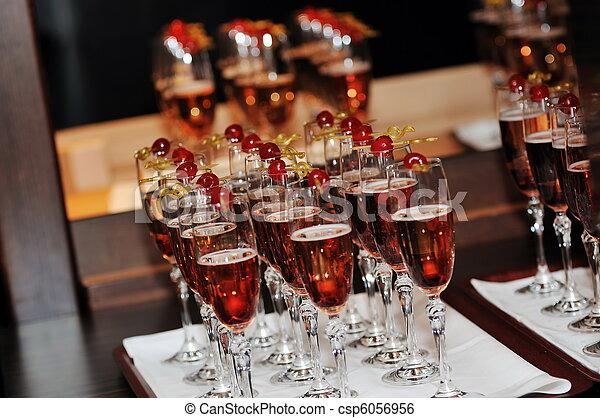 Coctail y banquete de banquetes - csp6056956