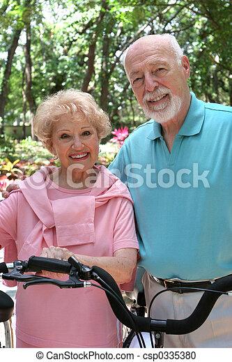 actiefs seniors - csp0335380