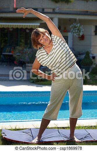 Active senior woman - csp1869978