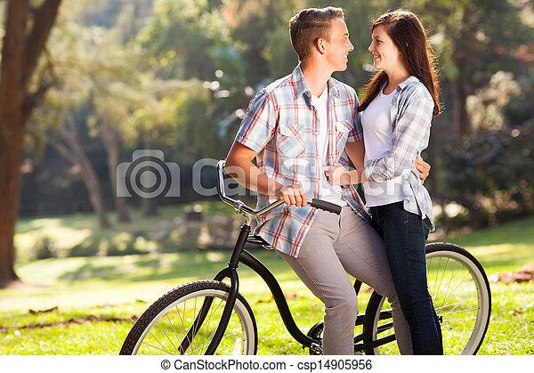 adolescente, bello, agganciare abbracciare - csp14905956