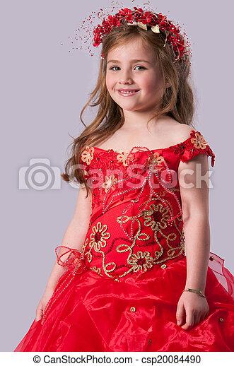 Una adolescente con un fondo gris - csp20084490