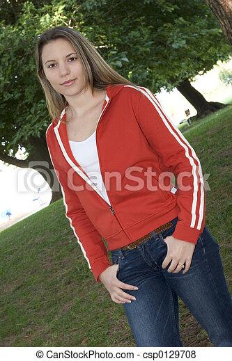 Chica adolescente - csp0129708