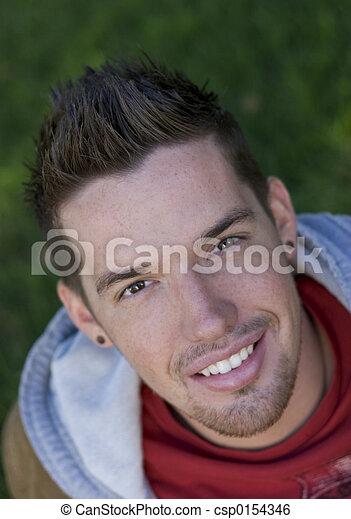 adolescente, sorridente - csp0154346