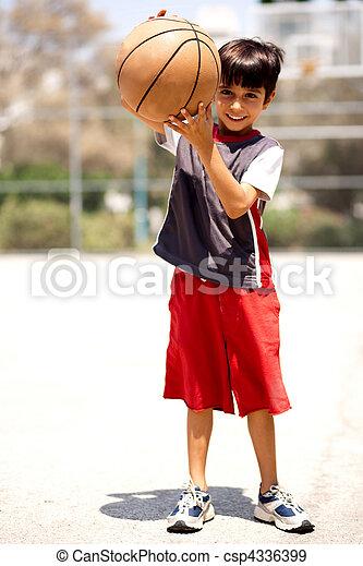 Adorable boy with basketball - csp4336399
