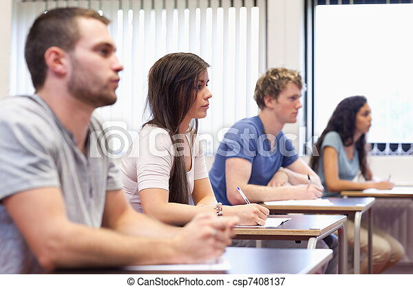 adultes, conférencier, studieux, écoute, jeune - csp7408137