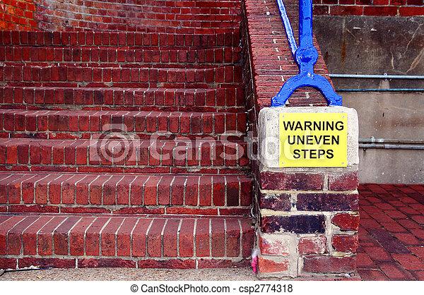 Escalones de advertencia - csp2774318