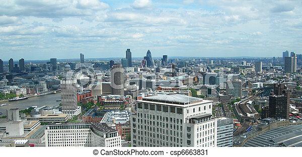 Aerial view of London, UK           - csp6663831