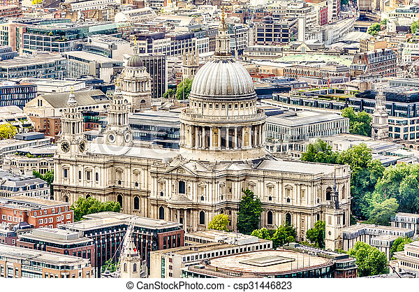 Aerial View of St Paul Cathedral, London - csp31446823