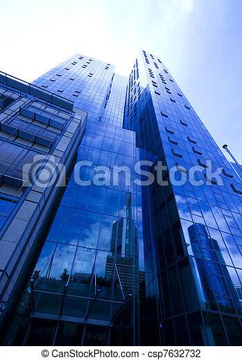 affari moderni, costruzione - csp7632732