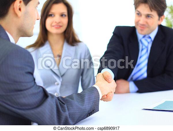 affari persone, mani, su, finitura, riunione, tremante - csp6890917