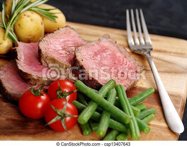 affettato, cena, bistecca - csp13407643