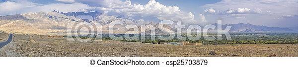 afghanistan, paesaggio arido - csp25703879